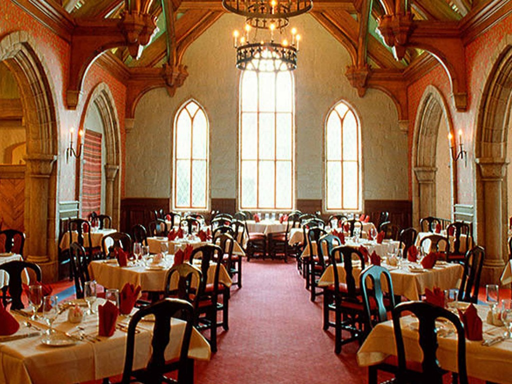 Akershus Banquet Hall at Epcot in Walt Disney World